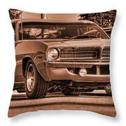 1970 Plymouth Hemi 'cuda Throw Pillow