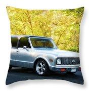 1971 Chevrolet Tahoe Blazer I Throw Pillow