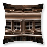 1971 Plymouth 'cuda 440 Throw Pillow