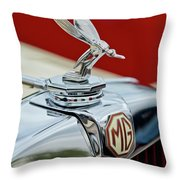 1948 Mg Tc - The Midge Hood Ornament Throw Pillow