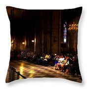Cathedrale Notre Dame De Paris Throw Pillow