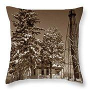 Liston Rear Range Lighthouse De Throw Pillow