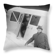 Roald Amundsen (1872-1928) Throw Pillow