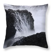 Seal Rock Waves And Rocks 4 Throw Pillow