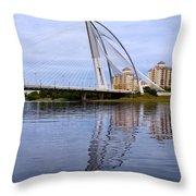 Seri Wawasan Bridge Throw Pillow