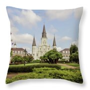St. Louis Cathedral - Hdr Throw Pillow