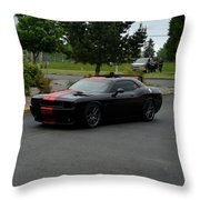 2009 Challenger Rt Lind Throw Pillow