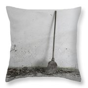 2015 La Scopa Throw Pillow