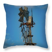 2017_08_midland Tx_windmill 8 Throw Pillow