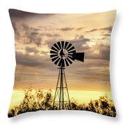 2017_09_midland Tx_windmill 6 Throw Pillow
