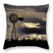 2017_09_midland Tx_windmill 8 Throw Pillow