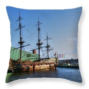 262 Amsterdam Throw Pillow