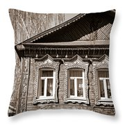 Traditional Old Russian House Facade Throw Pillow