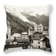 @modelinstagram Throw Pillow