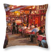A Cena In Estate Throw Pillow