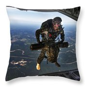 A U.s. Air Force Combat Controller Throw Pillow