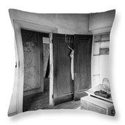 Abandoned House Wilson Nc 0015 Throw Pillow