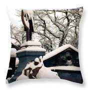 Abraham Lincoln Memorial Scotland Winter Throw Pillow