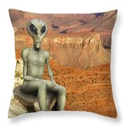 Alien Vacation - Grand Canyon Throw Pillow