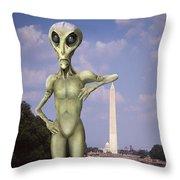 Alien Vacation - Washington D C Throw Pillow