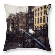 Amseagull Throw Pillow