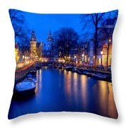 Amsterdam - A Canal Scene At Night . L B Throw Pillow
