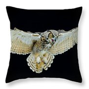 Animal - Bird - Great Horned Owl Wings Spread Throw Pillow
