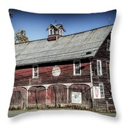 Apple Picking At Pochuck Valley Farms In Vernon, Nj Throw Pillow