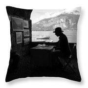Artista Di Strada Throw Pillow