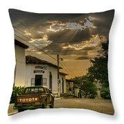 Atardecer Suchitoto Throw Pillow