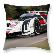 Audi R18 E-tron, Le Mans - 03 Throw Pillow