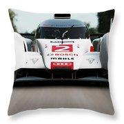 Audi R18 E-tron, Le Mans - 04 Throw Pillow