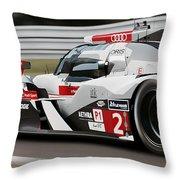 Audi R18 E-tron, Le Mans - 07 Throw Pillow