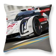 Audi R18 E-tron, Le Mans - 12 Throw Pillow