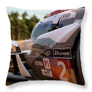 Audi R18 E-tron, Le Mans - 23 Throw Pillow