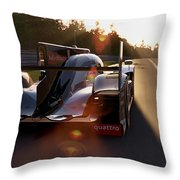 Audi R18 E-tron, Le Mans - 28 Throw Pillow
