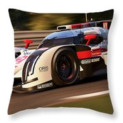 Audi R18 E-tron, Le Mans - 30 Throw Pillow