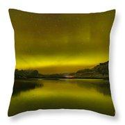 Auroa Borealis At Talbot Lake Throw Pillow