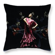 Bailarina Orgullosa Del Flamenco Throw Pillow