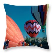 Ballon Launch Throw Pillow