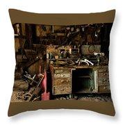 Barn Full Throw Pillow
