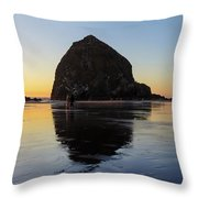 Beachcombers By Haystack Rock In Cannon Beach Throw Pillow