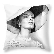 Bellezza Eterna Throw Pillow