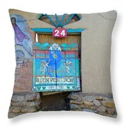 Bienvenidos 24 Throw Pillow