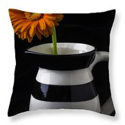 Black And White Vase With Daisy Throw Pillow