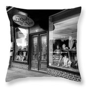 Blue Ridge Owl's Nest In Black And White Throw Pillow