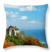 Bluffs Splendour - Scarborough Bluffs Throw Pillow