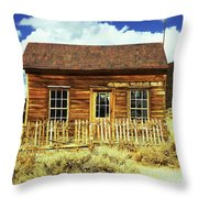 Bodie Cottage Throw Pillow