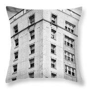 Bryn Mawr Belle Belle Shore Apt Hotel Throw Pillow