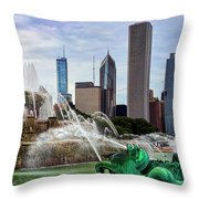 Buckingham Fountain Throw Pillow